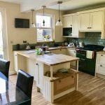 matchstick country shaker with prime oak worksurfaces